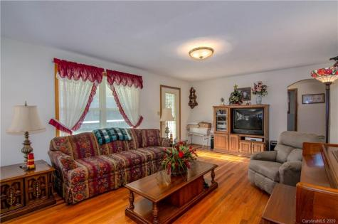 11 Brooks Road Brevard NC 28712