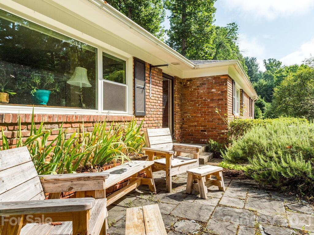 18 Maplewood Road Asheville NC 28804