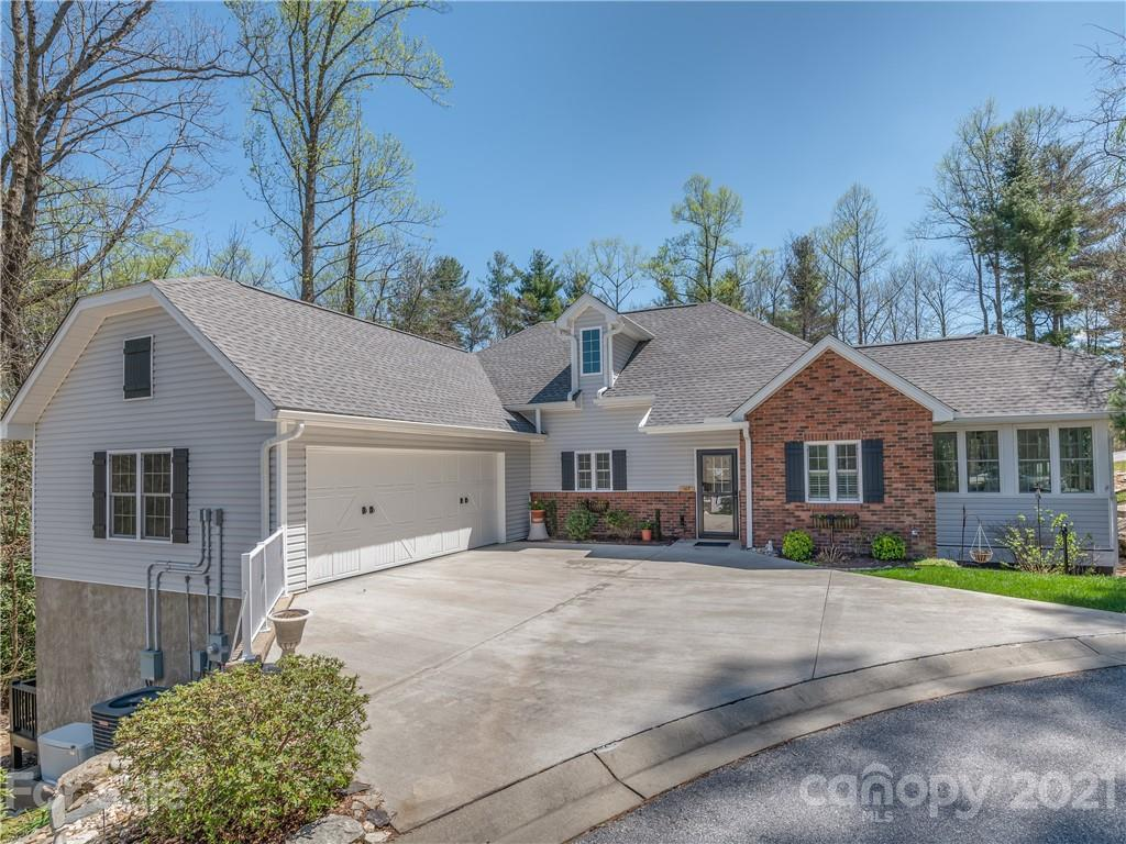 107 Spring Heights Court Hendersonville NC 28791