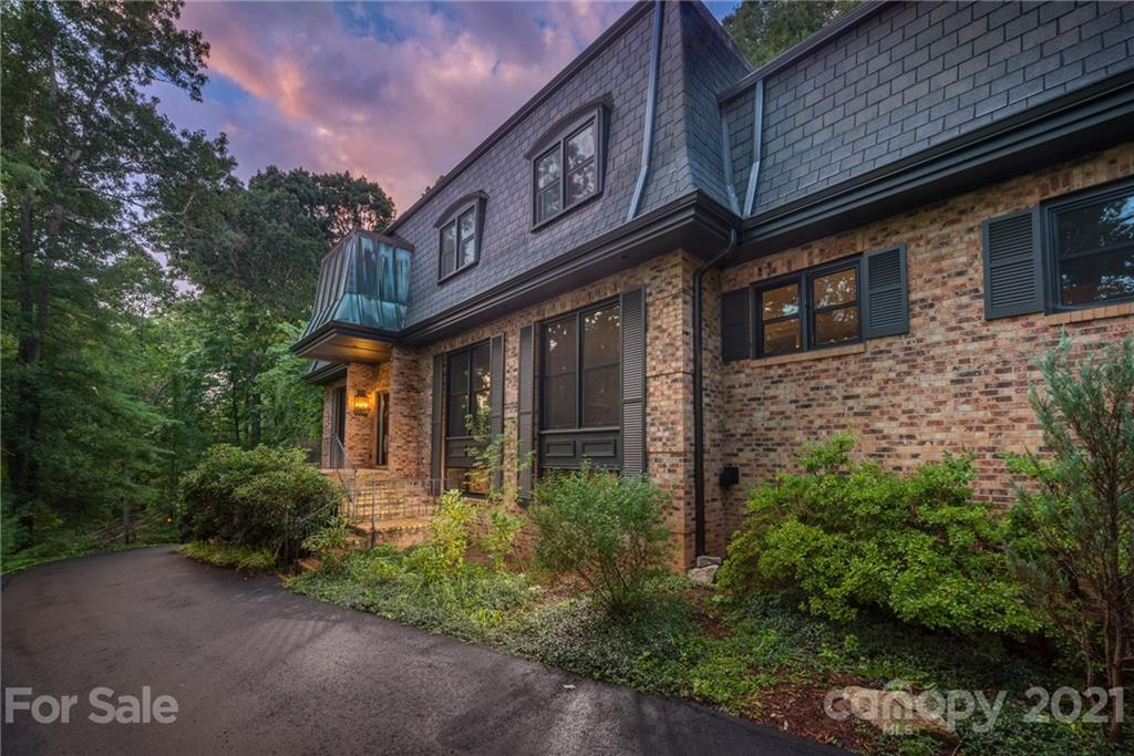 596 Old Toll Road Asheville NC 28804