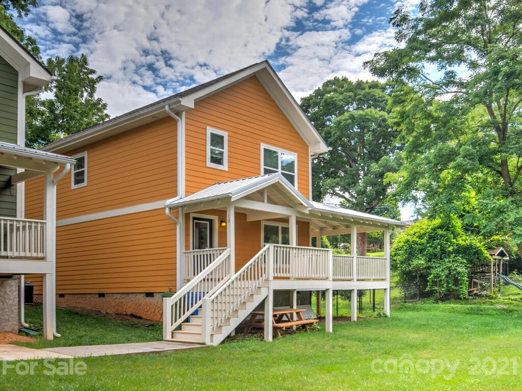 10 Cottage Cove Lane Asheville NC 28803