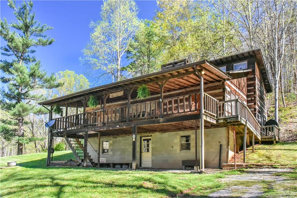107 Welch Road Candler NC 28715
