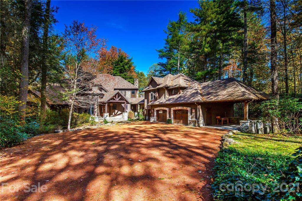 46 Mills Creek Drive Lake Toxaway NC 28747