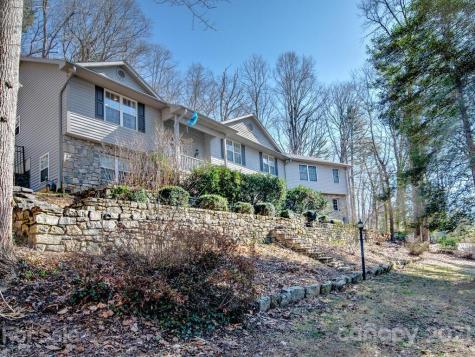20 Pebblebrook Lane Asheville NC 28803