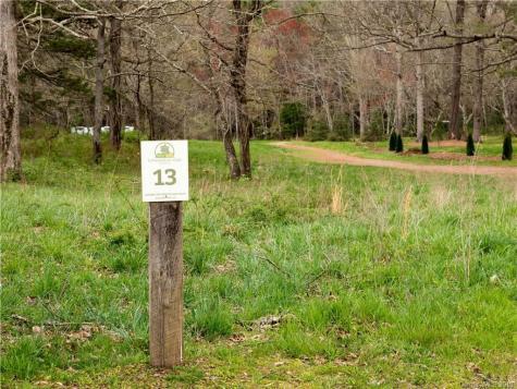 34 Wandering Oaks Way Asheville NC 28805