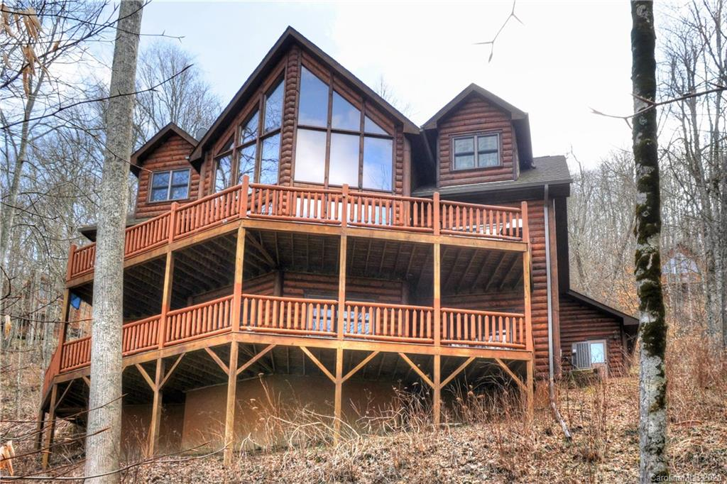 1089 Asgi Trail Maggie Valley NC 28751