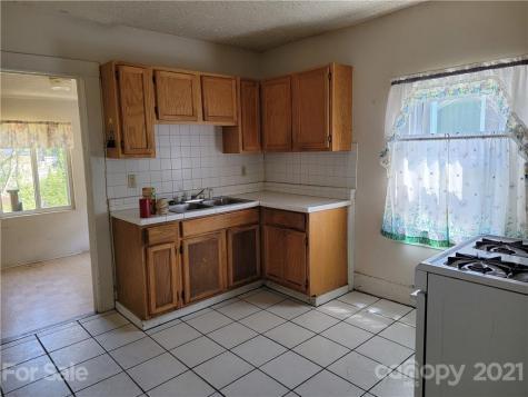 65 Elizabeth Place Asheville NC 28801