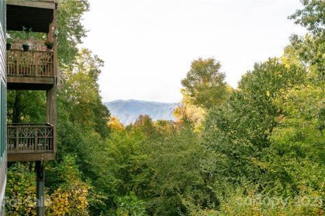 222 Creekside Way Burnsville NC 28714