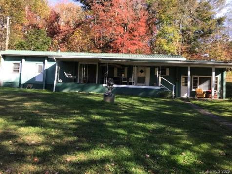 160 Holly Hawk Lane Burnsville NC 28714