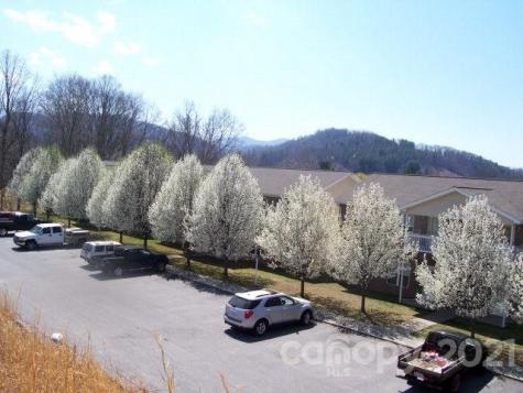 119 Boone Ridge Drive Burnsville NC 28714