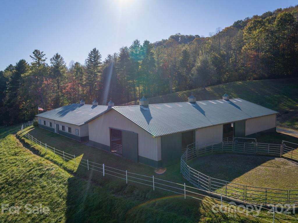 2803 Crooked Creek Road Mars Hill NC 28754
