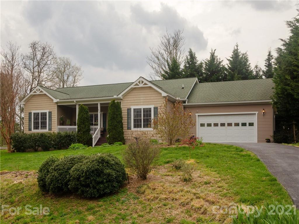 319 Hidden Meadow Drive Hendersonville NC 28792