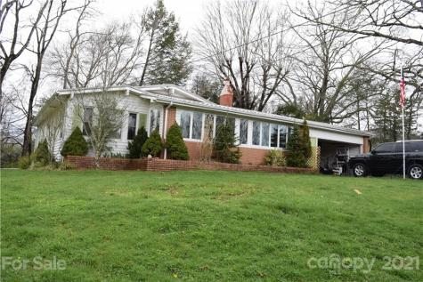 44 Hemlock Avenue Spruce Pine NC 28777