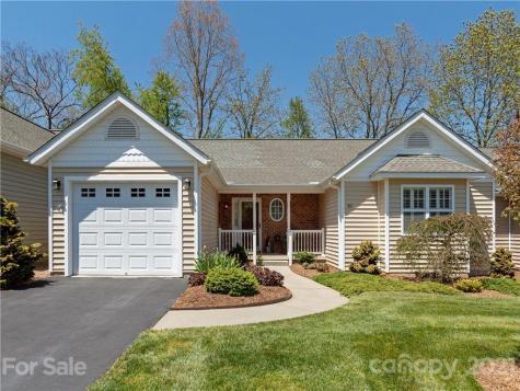 312 Charlestown Drive Hendersonville NC 28792