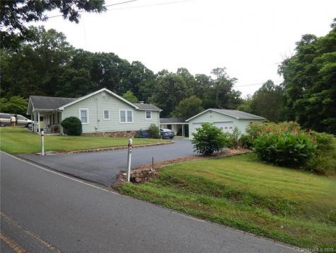 63 Reynolds School Road Asheville NC 28803