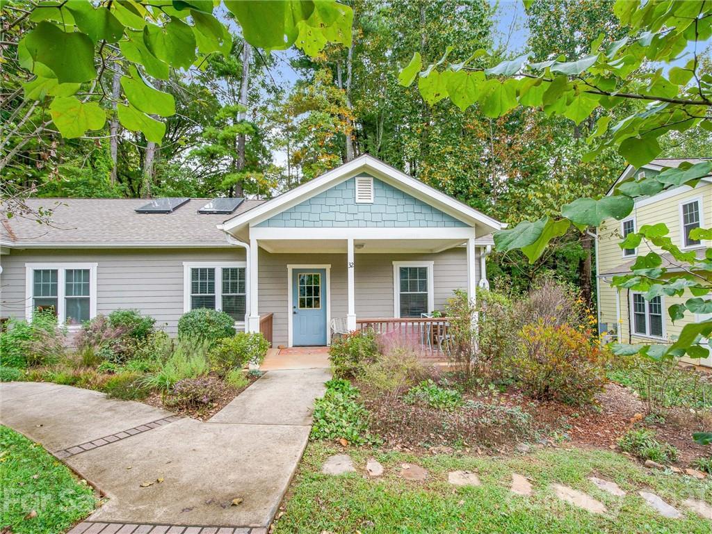 32 Gaia Lane Asheville NC 28806