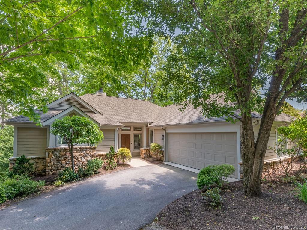 8 Spring Ridge Lane Hendersonville NC 28739