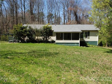 82 Small Creek Lane Hendersonville NC 28792