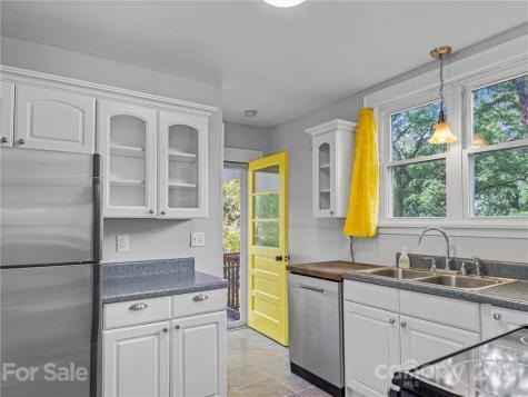 38 Dellwood Street Asheville NC 28806