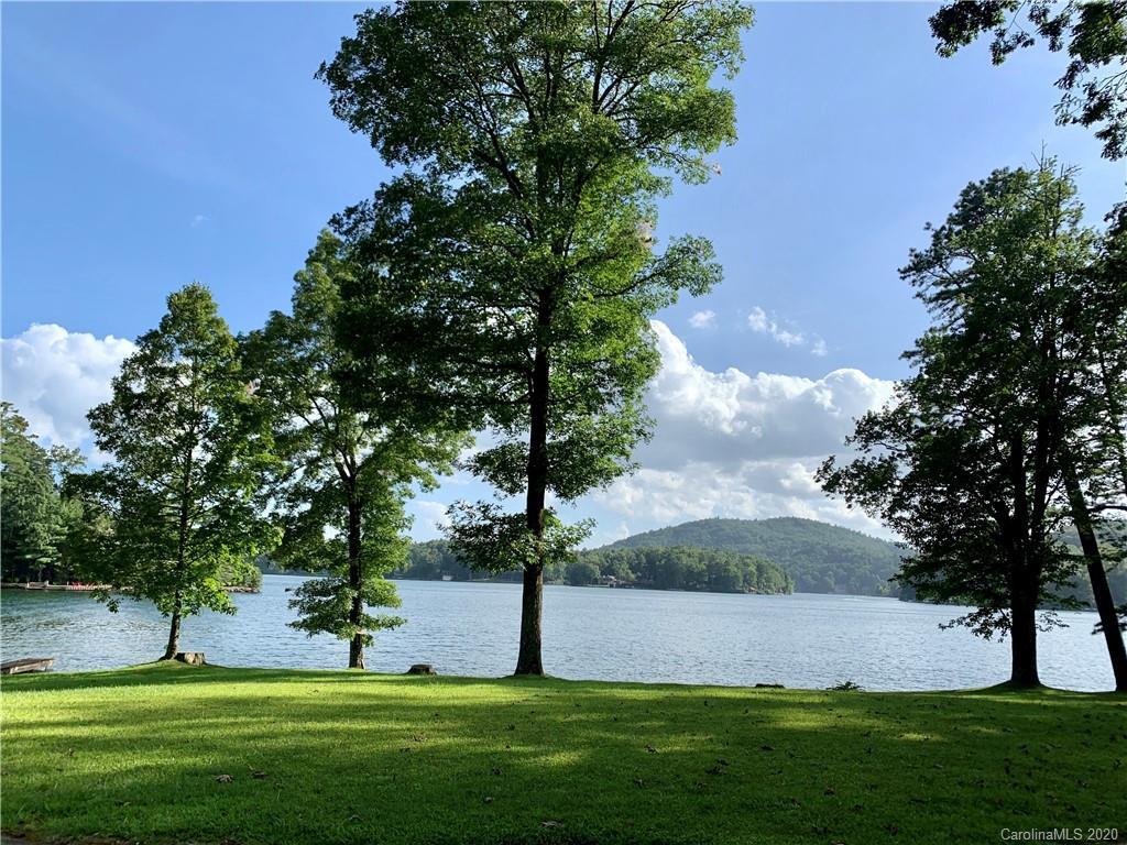 306 Island Point Road Lake Toxaway NC 28747