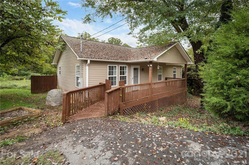 60 Huffman Road Asheville NC 28806