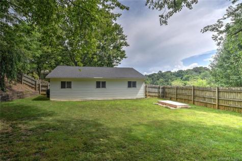 23 Mount Carmel Drive Asheville NC 28806