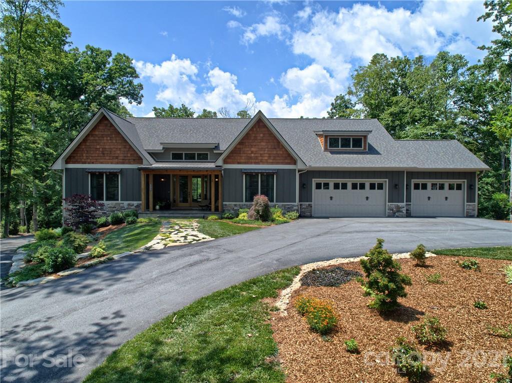 551 Skytop Farm Lane Hendersonville NC 28791