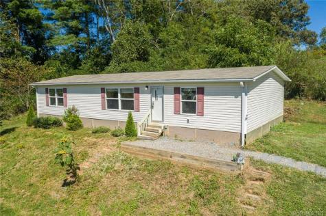 412 Village Road Fairview NC 28730
