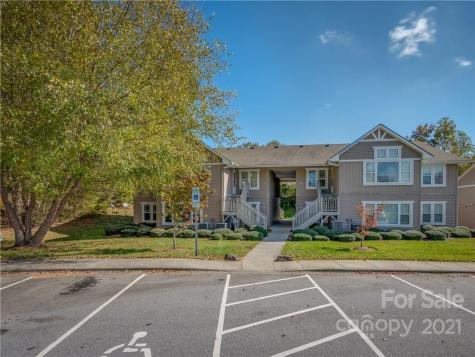 93 Morningside Lane Hendersonville NC 28792