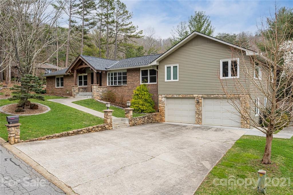 6 Gardenwood Drive Asheville NC 28803