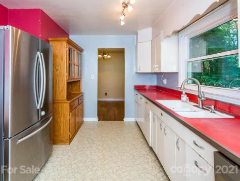2 Chester Place Asheville NC 28806