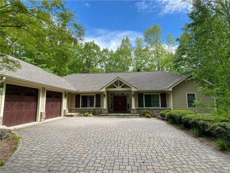 115 Little Cherokee Ridge Hendersonville NC 28739