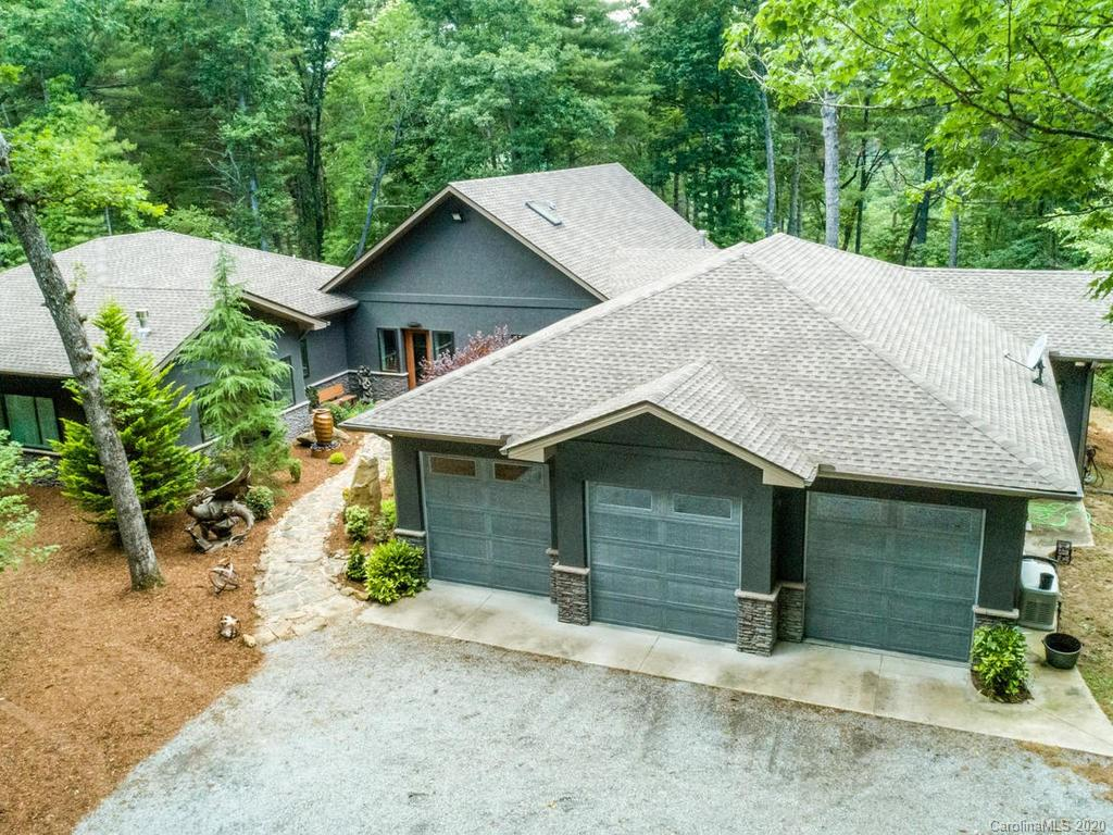 4258 Bobs Creek Road Zirconia NC 28790