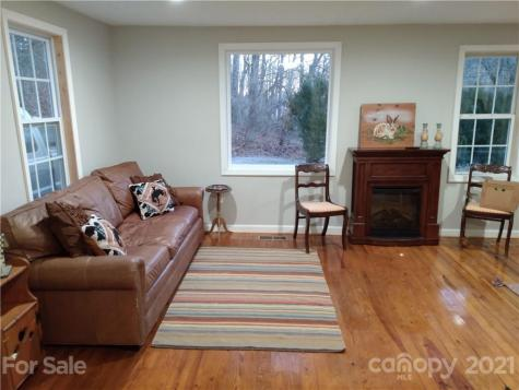 127 Southbrook Road Hendersonville NC 28792