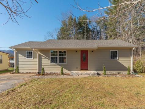 31 Cherry Lane Burnsville NC 28714