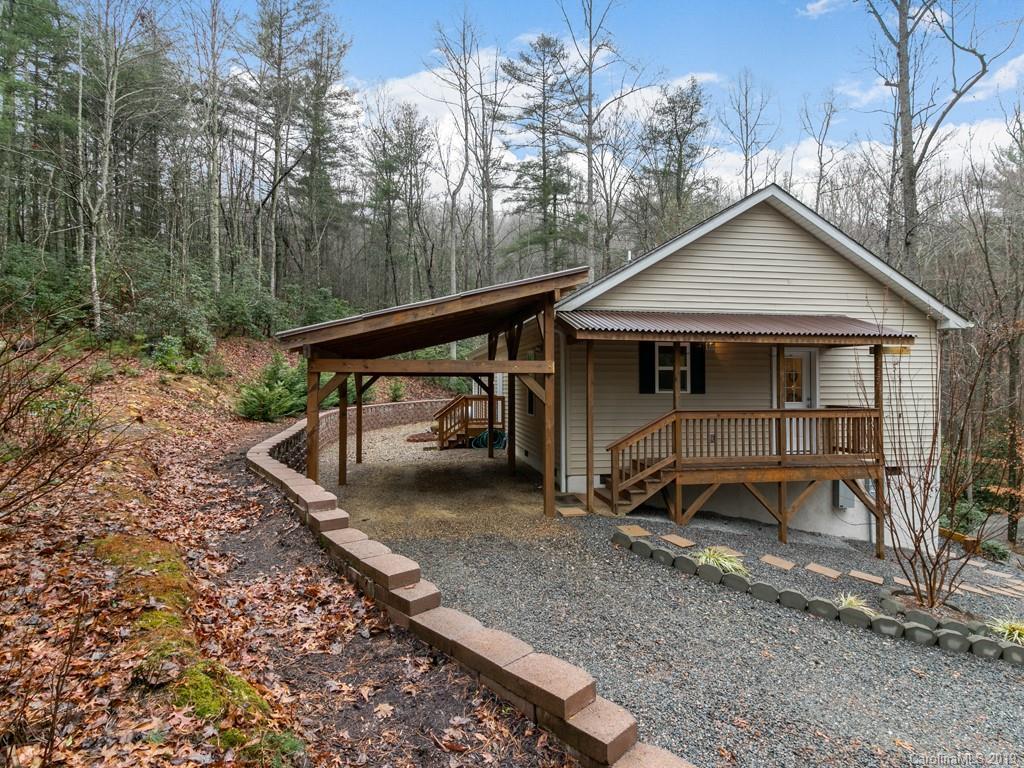 221 Indian Ridge Trail Hendersonville NC 28739