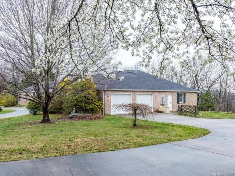 203 Low Gap Road Hendersonville NC 28792