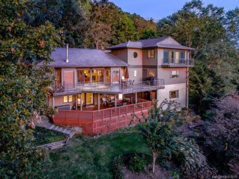 9 Skyview Place Asheville NC 28804