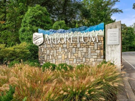 17 Vanderbilt Terrace Asheville NC 28806