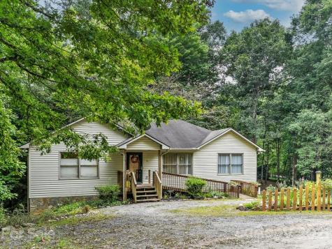 26 Norcross Lane Sylva NC 28779