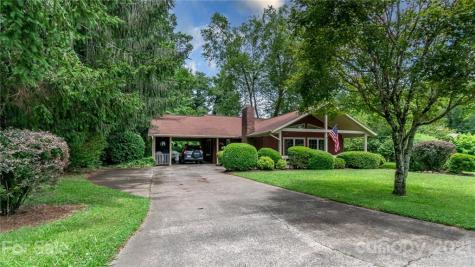 253 Oak Park Drive Brevard NC 28712