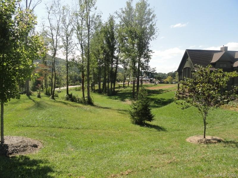 7 Bayonne Trail Asheville NC 28804