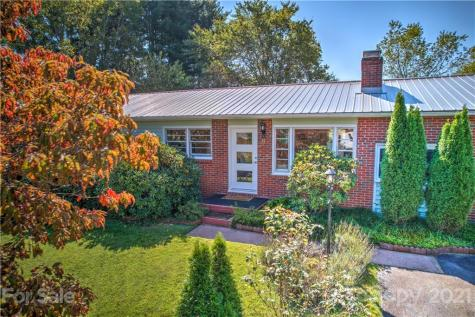 11 Holly Street Asheville NC 28806