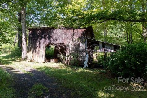 337 Bad Creek Road Bakersville NC 28705