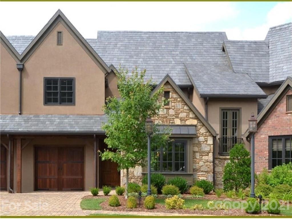 22 Village Oak Drive Arden NC 28704