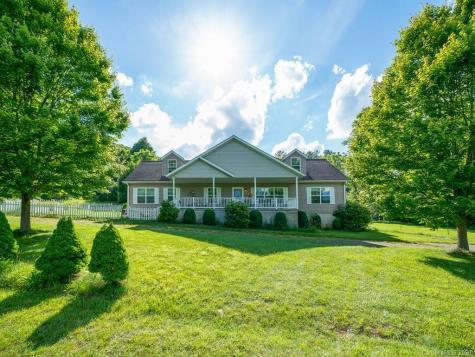 50 White Oak Road Burnsville NC 28714
