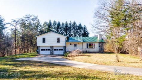 18 Country Spring Drive Asheville NC 28804
