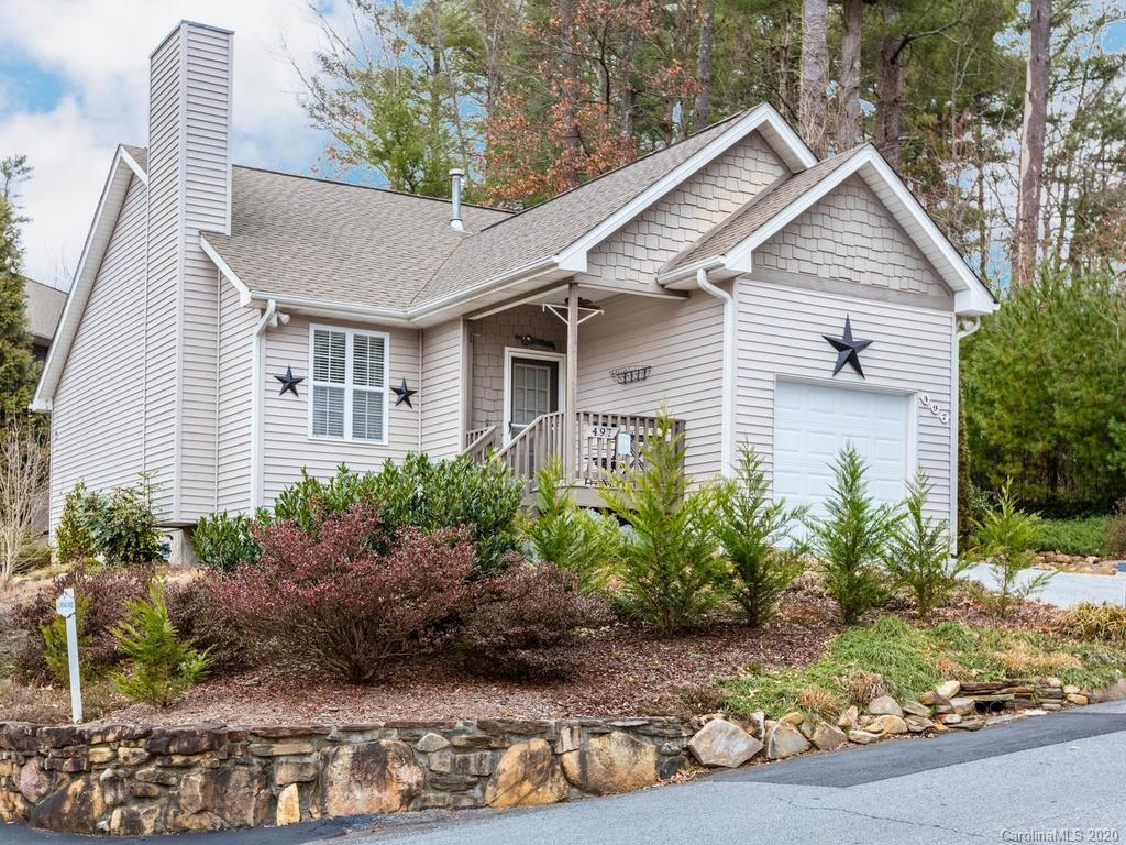 497 Toms Hill Drive Hendersonville NC 28739