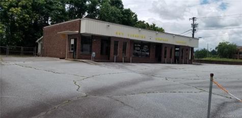 120 E Barnwell Street Hendersonville NC 28792