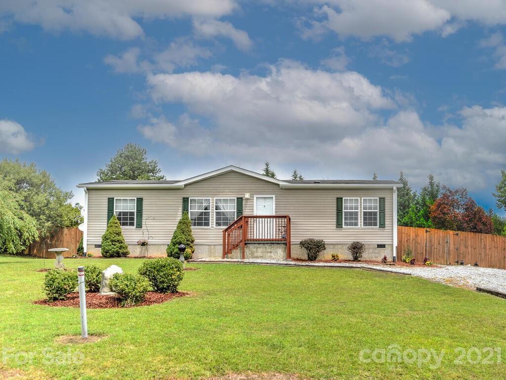 131 Cypress Estates Lane Hendersonville NC 28792